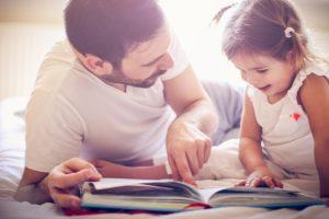 Leggere ai bambini gli regala un lessico da un milione di parole in più